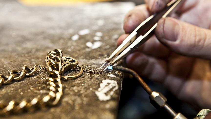 Где лучше отремонтировать свое украшение?